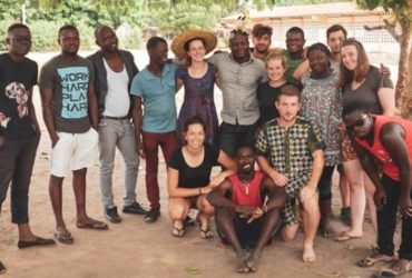 L'équipe de GoTogo avec les jeunes volontaires togolais