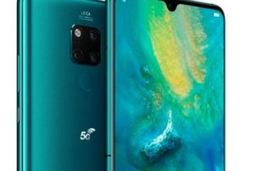 Deux modèles du smartphone Huawei Mate 20 X 5G