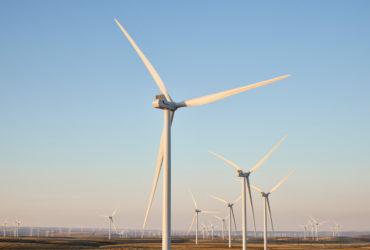 L'un des projets les plus ambitieux d'Apple, la ferme éolienne de Montague dans l'Oregon, produit 200 mégawatts et alimente le centre de données d'Apple à Prineville.